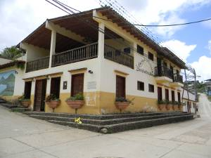 Altamira de cceres y calderas estado barinas venezuela - La casa de las calderas ...