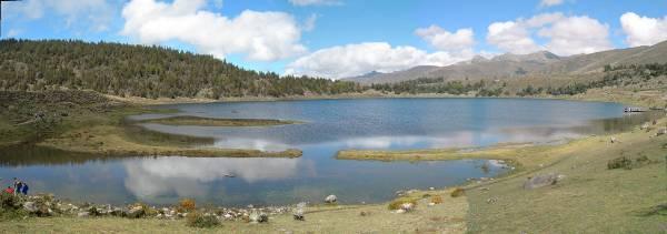 Panorámica de la laguna de Mucubaji