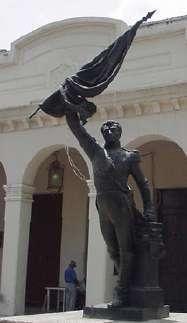 Girardot en la plaza en su nombre en Maracay frente a la catedral
