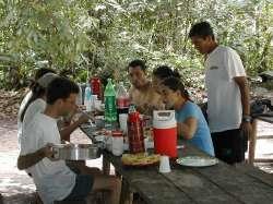 Almuerzo en Isla Ratón