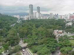 Parque Los Caobos y Parque Central