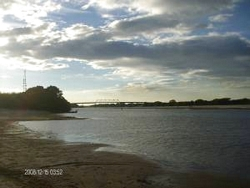 Atardecer en el río Capanaparo