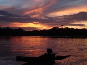 Atardecer en Rio Negro