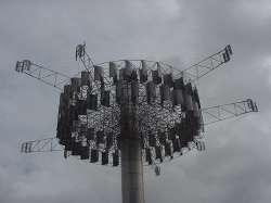 Escultura de Otero llamada Delta Solar