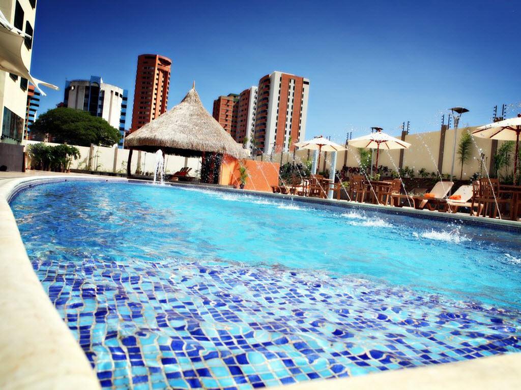 Lidotel hotel boutique valencia hotel venezuela tuya for Hoteles en valencia con piscina