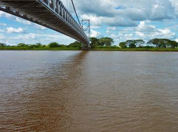 Puente sobre el Río Apure