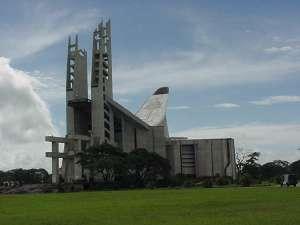 El Santuario está construido en el lugar de la 2da aparición