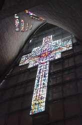 Vitral sobre el altar