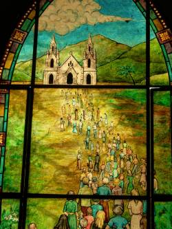 Vitral en la iglesia del valle